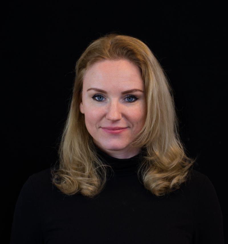 Portretfoto van senior vitality consultant Caroline Slikker.