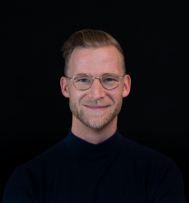 Portretfoto van consultant Guus Heuvelink.