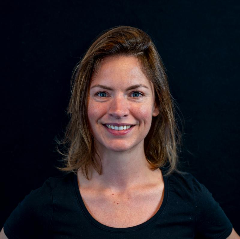 Portretfoto van Marieke van Assem.